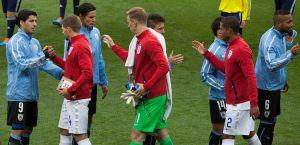 Uruguay_and_England_match_at_the_FIFA_World_Cup_2014-06-19_-_jikatu_(14307138939)